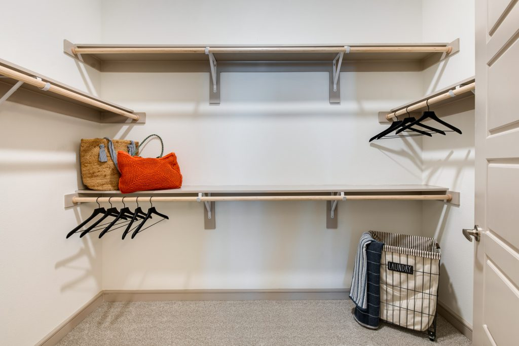 closet with 4 shelves